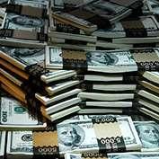 Игровой автомат Сумма выигранных в марте джекпотов превысила $100 000